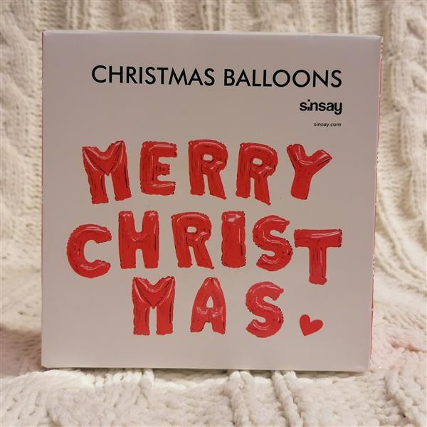 Markowy świąteczny zestaw balonów Sinsay czerwony