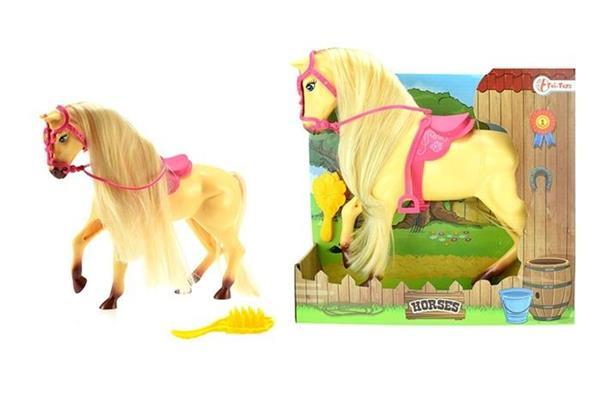 Koń duży w kolorze beżowym ze szczotką