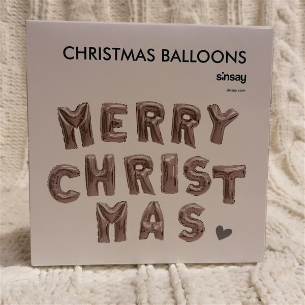 Markowy świąteczny zestaw balonów Sinsay srebrny