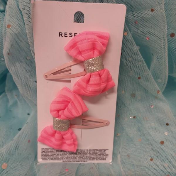 Markowe spinki Reserved kokarki różowe