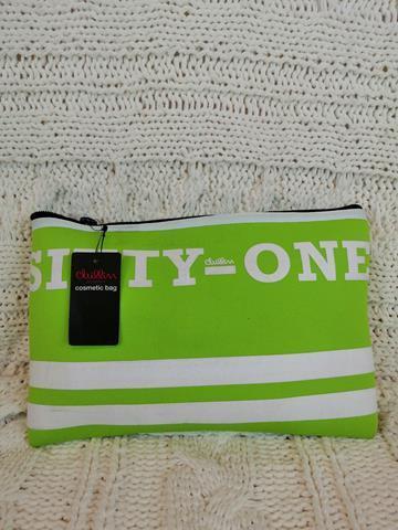 Kosmetyczka markowa Cropp zielona-23300
