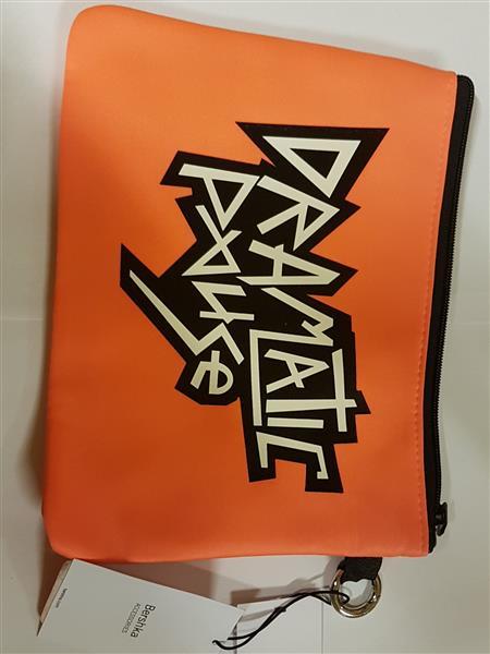 Etui na tablet Bershka pomarańczowy-26179