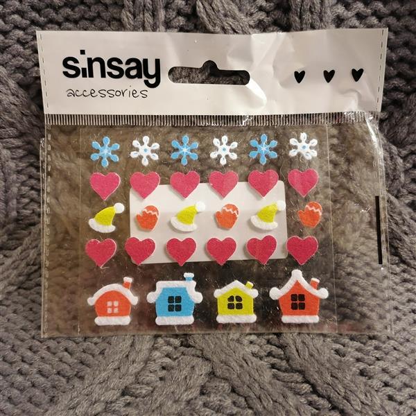Markowe świąteczne naklejki Sinsay -34522